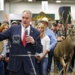 APNewsBreak: Dems say Interior boss is withholding key facts